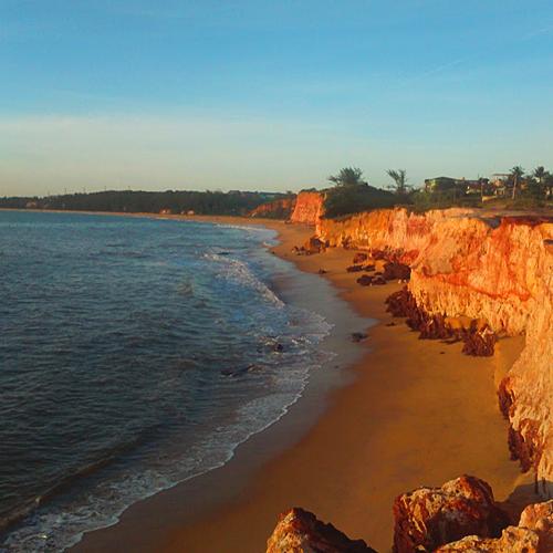 Praia-de-Mãe-bá